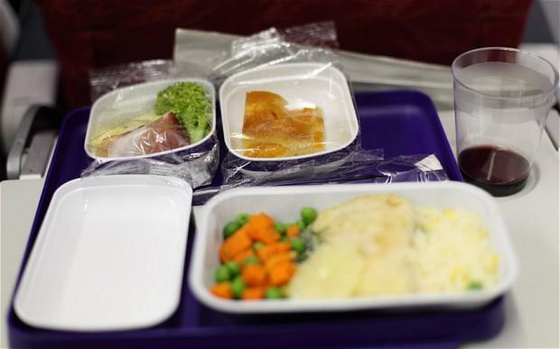 Τι γεύση έχει το φαγητό στο αεροπλάνο