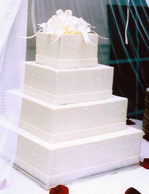 Πρωτότυπη τούρτα γάμου